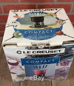 Le Creuset Top Table Kompakt WHITE Fondue Set Cast Iron NEW in Damaged Box