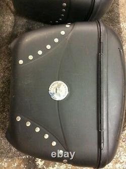 Triumph Bonneville America Givi Luggage Set Top Box Panniers